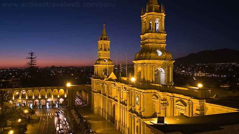 Arequipa Plaza de Armas at night