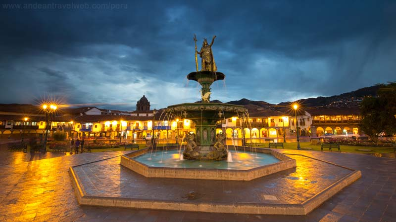 Plaza de Armas Cusco at dusk